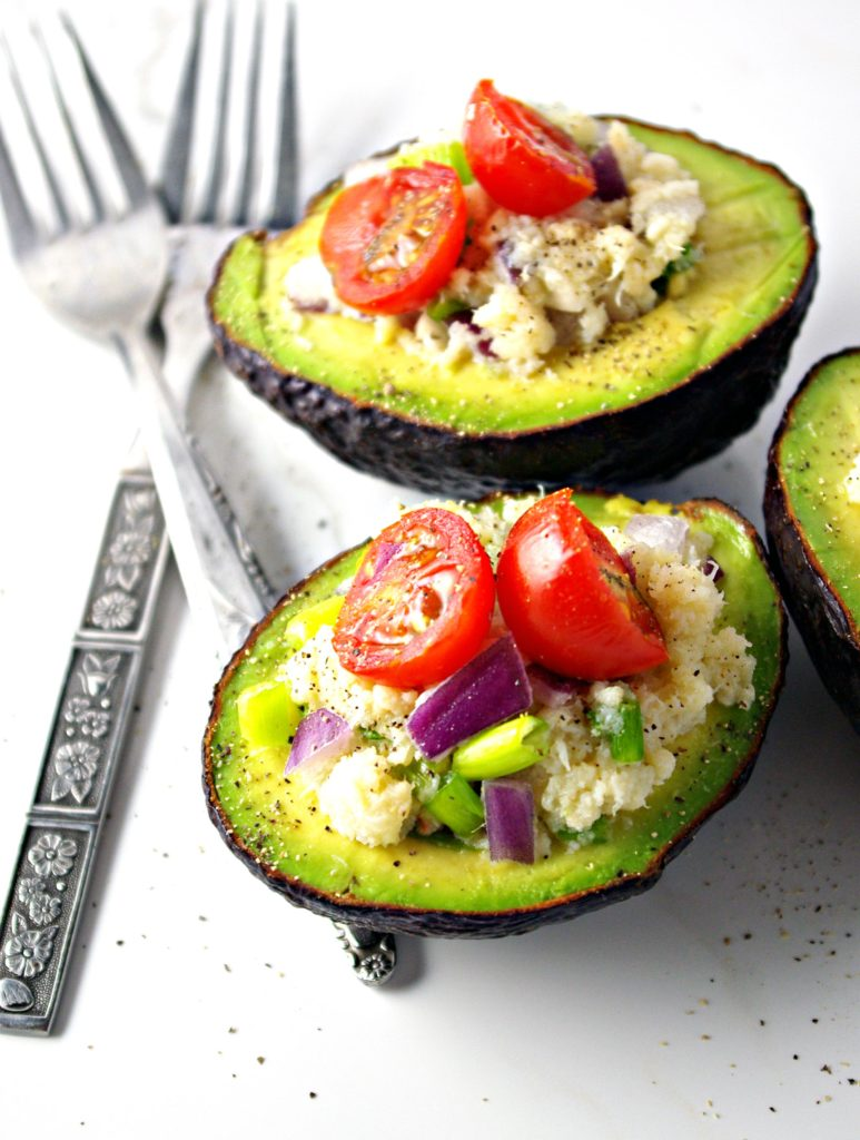 Avocados with scar meat, onions, tomatoes, and pepper | via spiritedandthensome.com