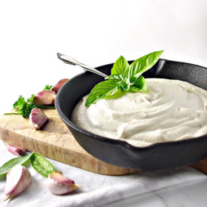 Dairy-Free Cashew Alfredo Sauce is vegan and paleo! | spiritedandthensome.com