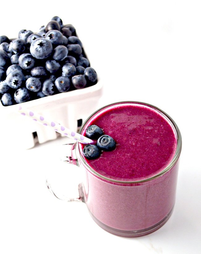 Gluten-Free Blueberry Citrus Smoothie comes with vegan and paleo variations! | spiritedandthensome.com