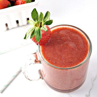 Strawberry Peach Breakfast Smoothie