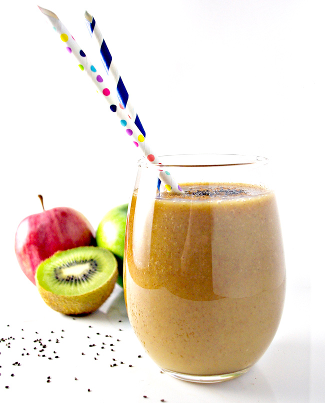 Cinnamon-spiced Kiwi Apple Cider is gluten-free and dairy-free with vegan and paleo variations!   spiritedandthensome.com