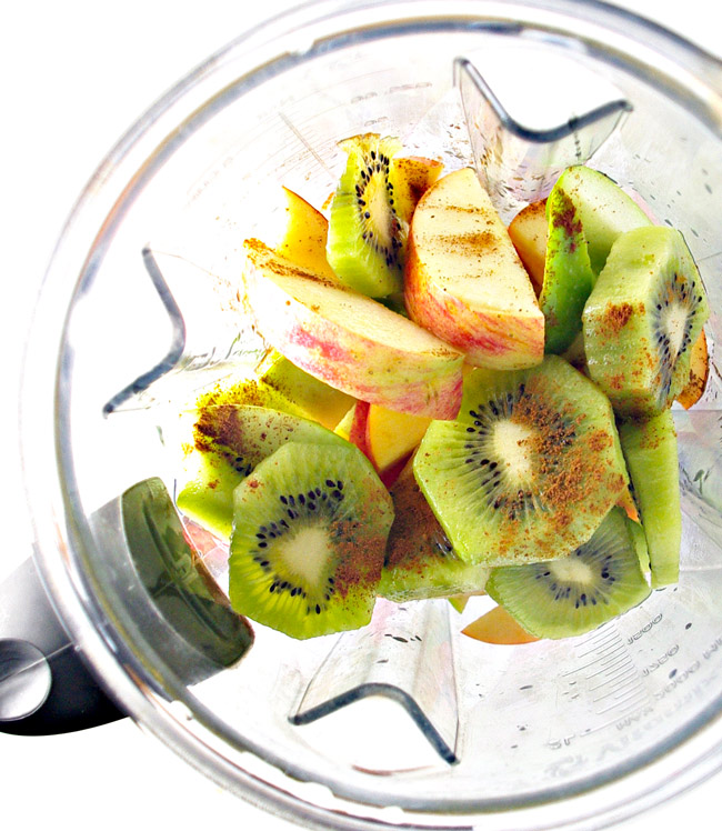 Succulent ingredients for gluten-free Kiwi Apple Cider! Vegan and paleo variations included! | spiritedandthensome.com