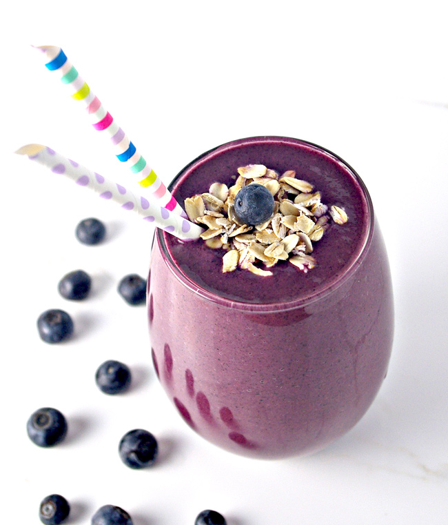 Blueberry Orange Oatmeal Smoothie is vegan and contains just 4 ingredients! | spiritedandthensome.com