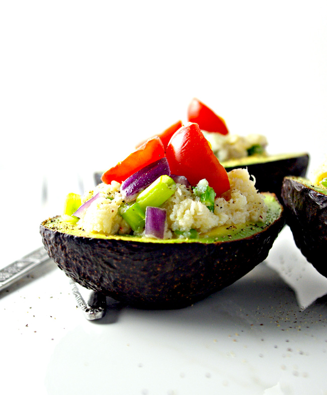 Crab-Stuffed Avocados with pepper, onions, and tomatoes are TO DIE FOR! | spiritedandthensome.com