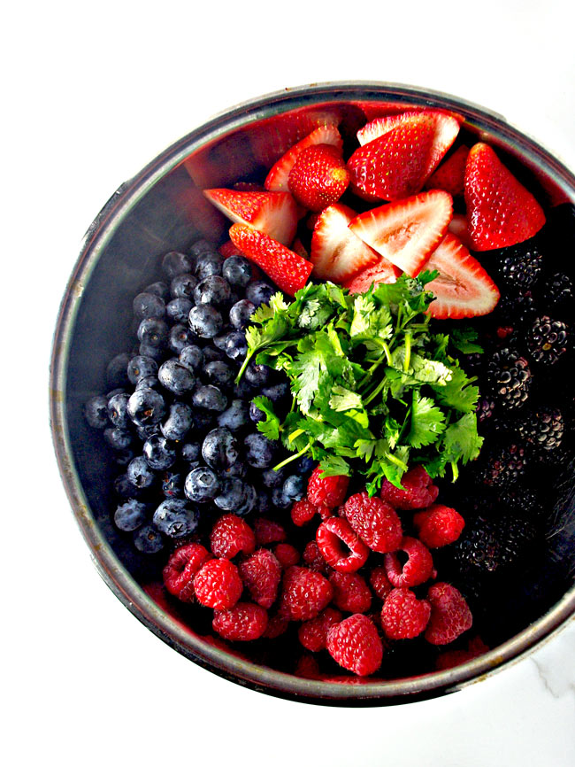 Fruits and herbs make Fresh Mixed Berry Salad the perfect blend of flavors that are ready in 10 minutes!   spiritedandthensome.com