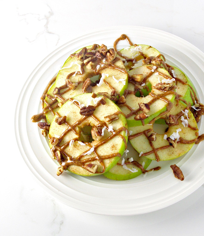Loaded Apple Breakfast nachos are the perfect blend of sweet and crunchy! | spiritedandthensome.com