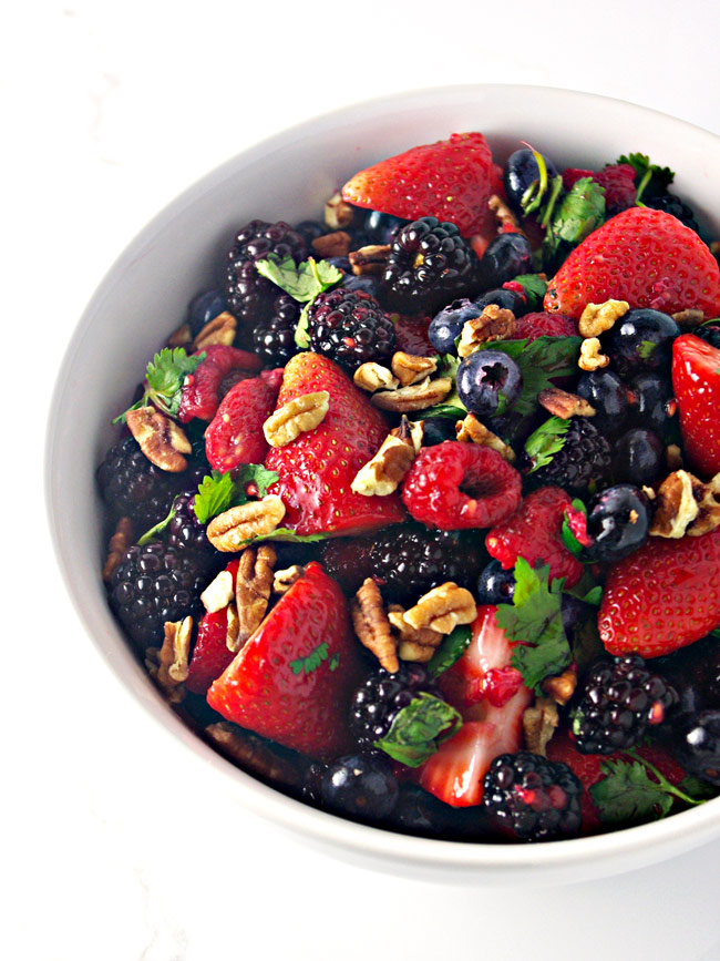 With just 8 ingredients, Fresh Mixed Berry Salad is ready in 10 minutes with paleo and vegan variations! | spiritedandthensome.com