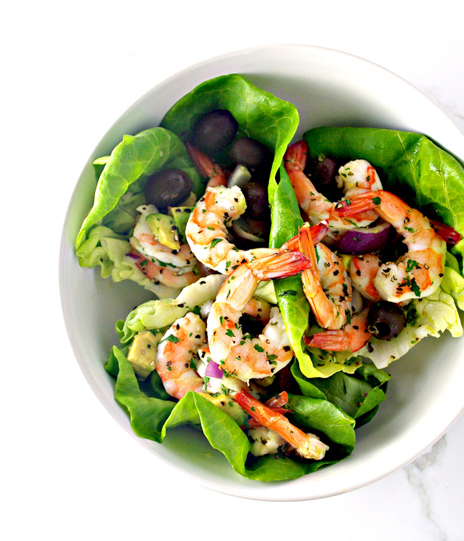 Spicy Shrimp Seashell Tacos just ooze delicious summer vibes!   spiritedandthensome.com