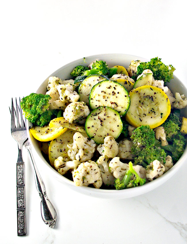 Easy Paleo Quick-Steamed Vegetables are the perfect side dish for the holidays! | spiritedandthensome.com