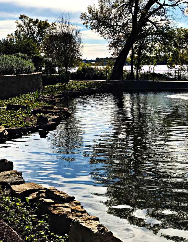 Left side of the pond at Dallas Arboretum and Botanical Center! | spiritedandthensome.com