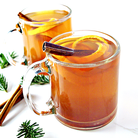 Cinnamon Orange Tea is comforting, full of spices and citrus, and gluten-free! Plus, it's single-serving, too! | spiritedandthensome.com