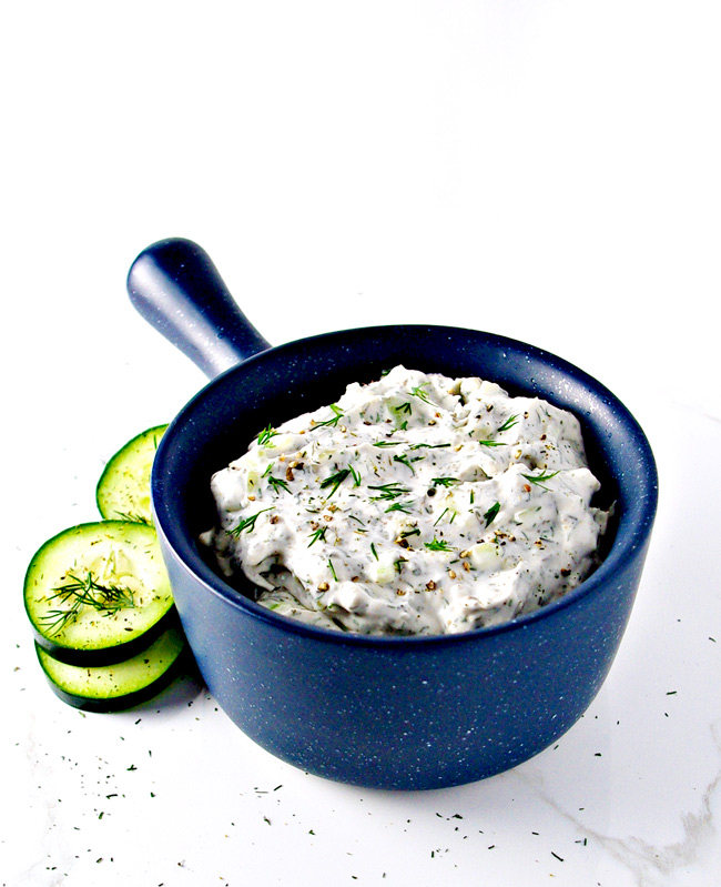 Paleo Tzatziki Sauce is dairy-free and vegan, and totally reich and creamy! | spiritedandthensome.com