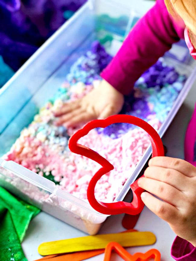Easy Dough/Cloud Dough is an easy sensory play idea for preschoolers! | spiritedandthensome.com