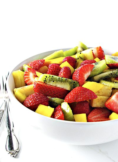 Mango Berry Salad is gluten-free, grain-free, and full of sweet and tangy flavor! | spiritedandthensome.com