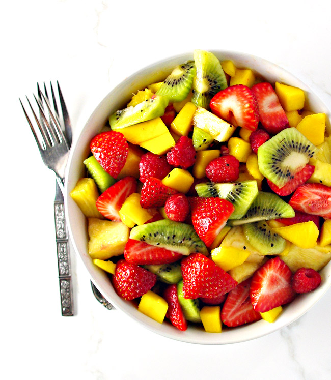 Mango Berry Salad is deliciously sweet and gluten-free, with vegan and paleo options! | spiritedandthensome.com
