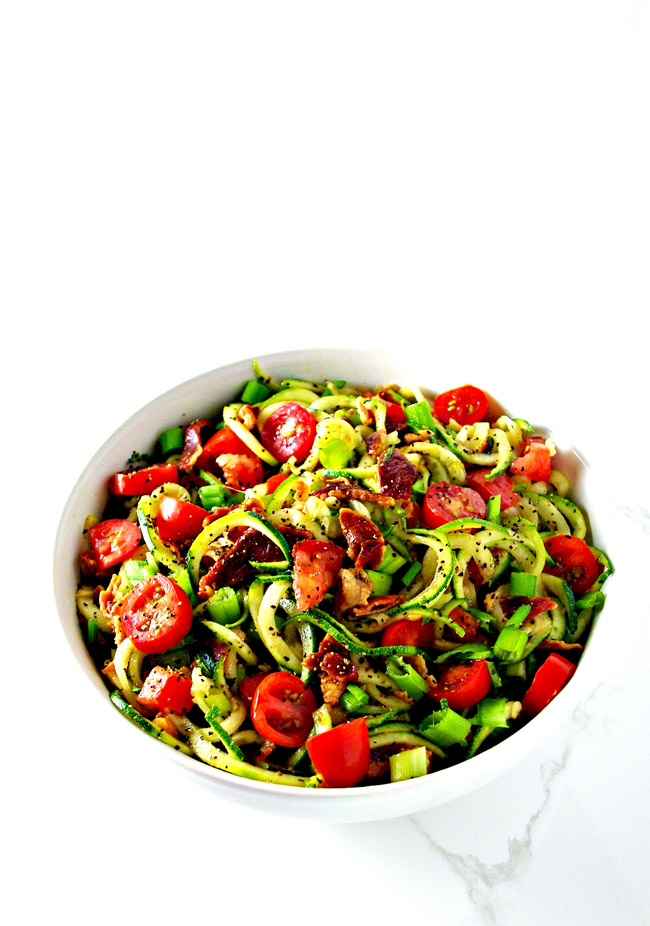 This Bacon Zoodle Salad is so easy to throw together with delicious blends of garlic, lemon, and pepper! | spiritedandthensome.com