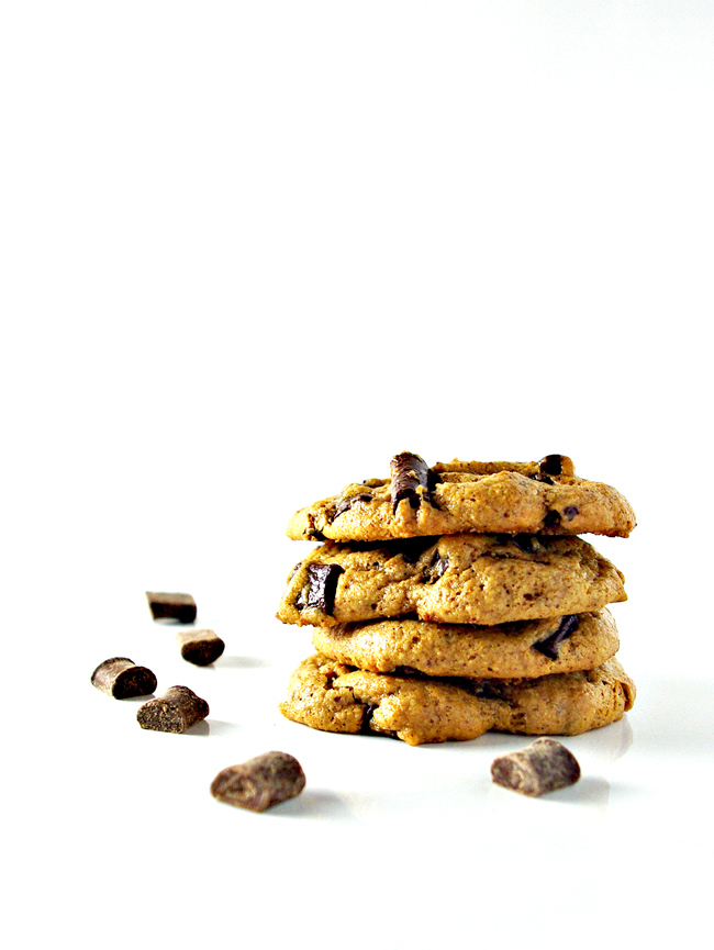 Chocolate Chunk Almond Butter Cookies are paleo, chewy, chocolatey, and delicious! | spiritedandthensome.com