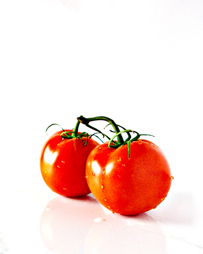 Fresh tomatoes for Paleo Spaghetti Sauce! | spiritedandthensome.com