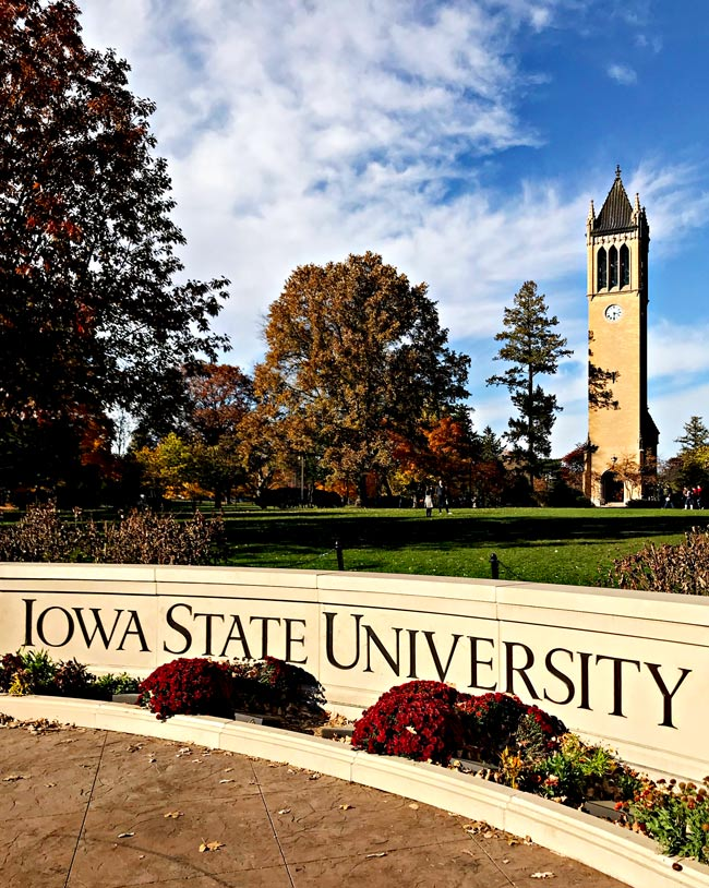 Iowa State University and Campanile in the fall during Homecoming! | spiritedandthensome.com