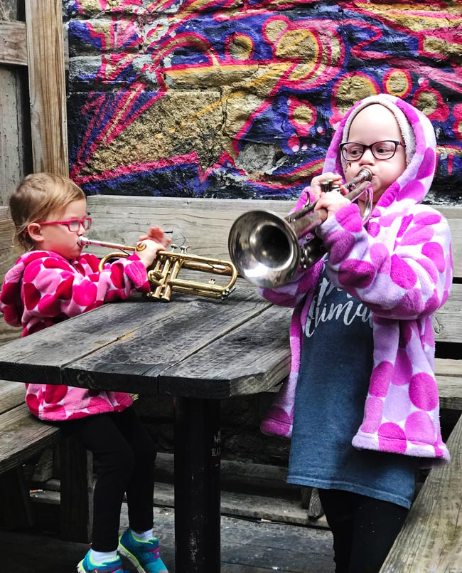 Toodle and Twinkle playing instruments in Iowa City! | spiritedandthensome.com