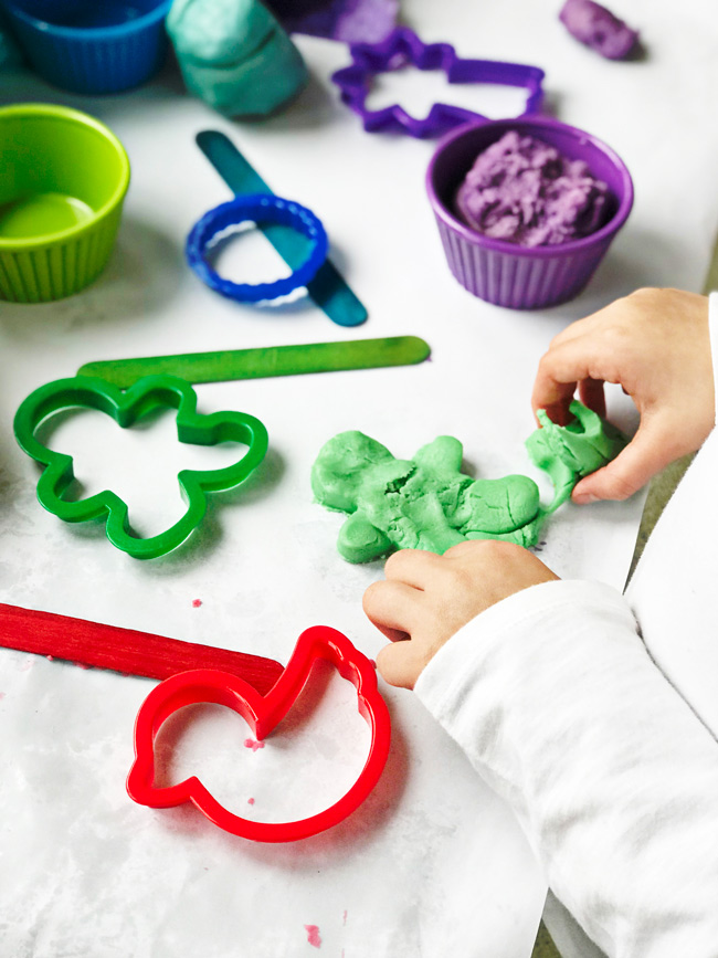 Toodle plays with loose parts and this Gluten-Free Playdough recipe! | spiritedandthensome.com