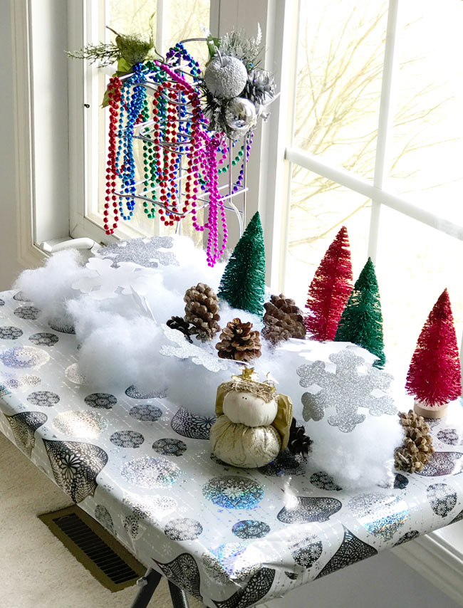 Christmas decorations make the perfect loose parts play and holiday sensory play activities! | spiritedandthensome.com