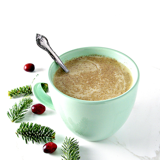 Dairy-Free Eggnog tastes just like a cinnamon roll in beverage form! It's gluten-free, too! | spiritedandthensome.com