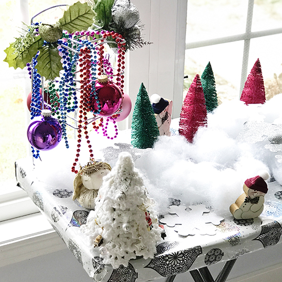 Winter wonderland decorations for loose parts sensory play and holiday sensory play activities! | spiritedandthensome.com