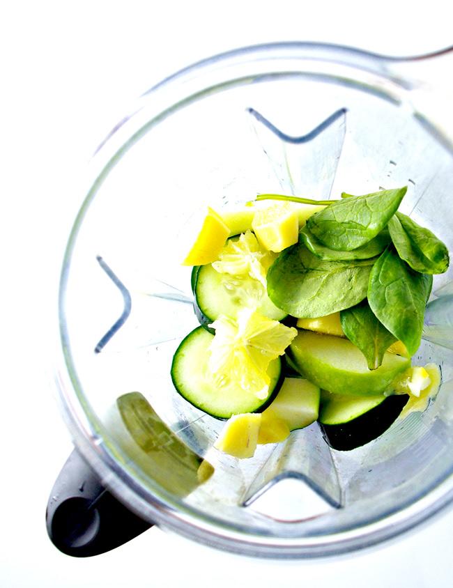 Green Apple Ginger Juice in a Vitamix! | spiritedandthensome.com