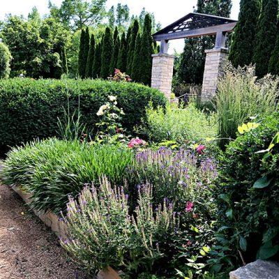 Visit Reiman Gardens