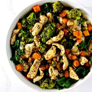 Chicken Kale Stir-Fry is a delicious, easy paleo dinner recipe that serves 4! | spiritedandthensome.com