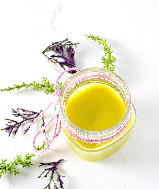 Homemade Lavender Body Butter is a soy-free personal care product you can make right in your own kitchen! | spiritedandthensome.com